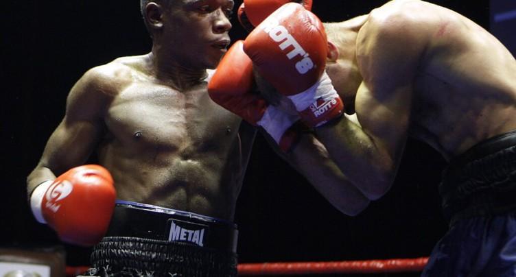 Kinigamazi battu à la 5e reprise en Italie