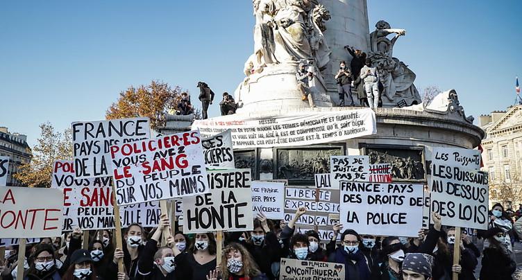 Manifestations contre une loi sécuritaire