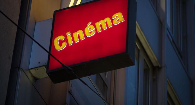 Les salles de cinéma romandes doivent rouvrir ensemble avant Noël