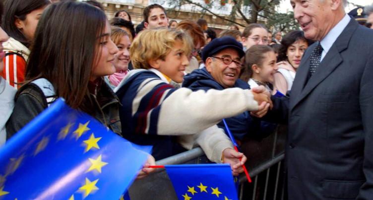 L'UE salue « un grand Européen », à qui elle « doit beaucoup »
