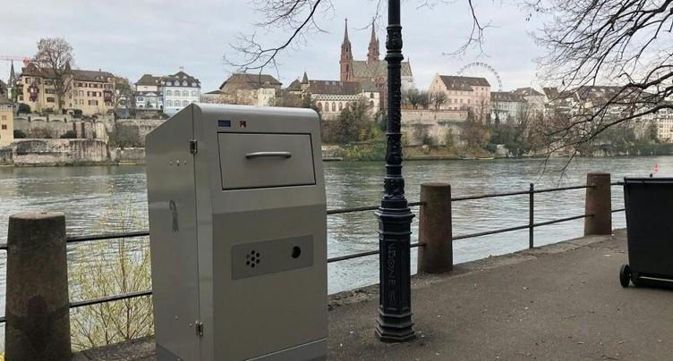 Première suisse: Bâle installe 1000 poubelles à compresse high-tech