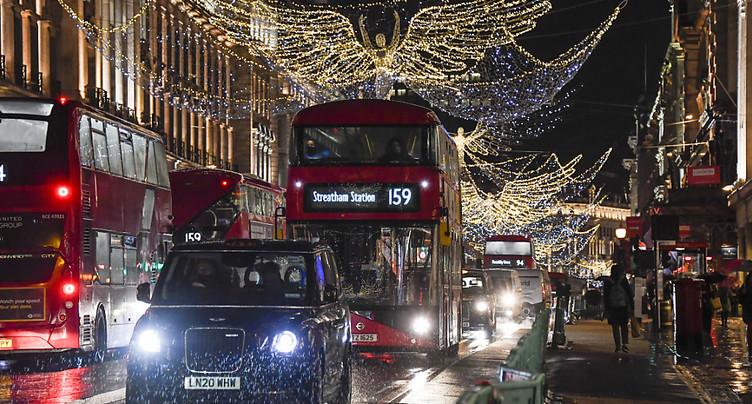 Londres veut presser le pas sur le chemin de la neutralité carbone