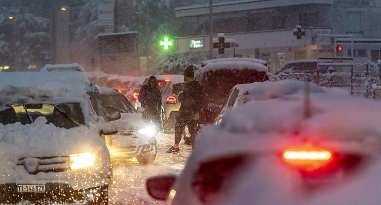 Abondantes chutes de neige au Tessin