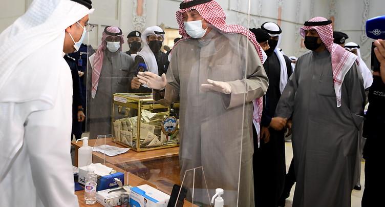 Le Koweït élit ses députés à l'ombre du Covid