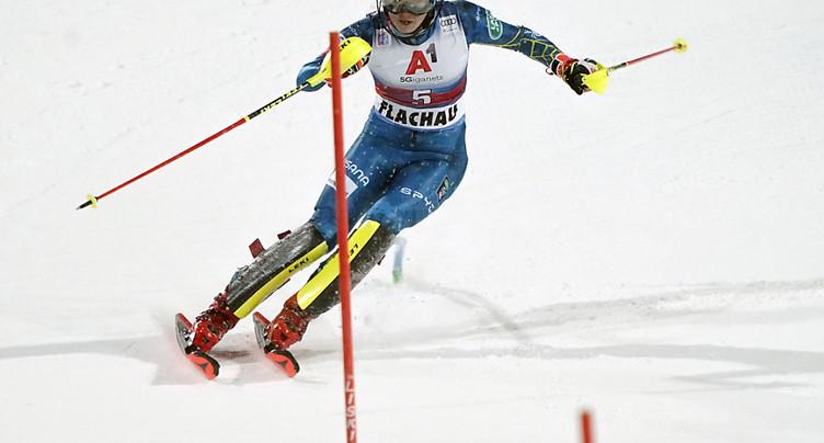 Premier podium de l'hiver pour Holdener, Shiffrin victorieuse