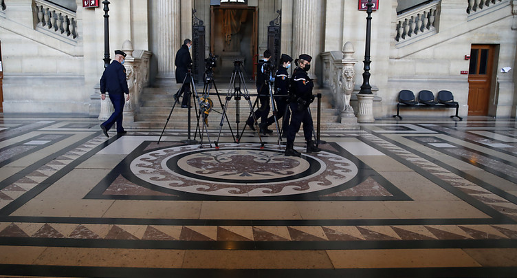 Projets d'attentats: un Vaudois condamné à 15 ans de prison à Paris