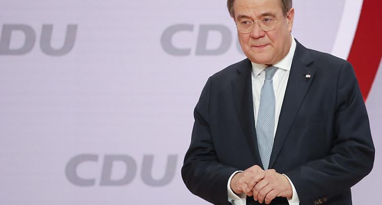 Les conservateurs choisissent la continuité avec l'ère Merkel