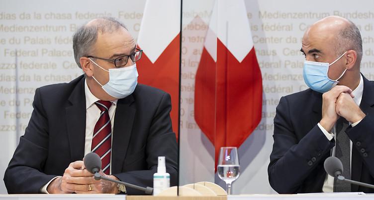 Coronavirus: La Suisse entre lundi dans un régime plus strict