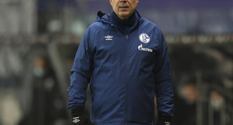 Schalke 04  battu à Francfort