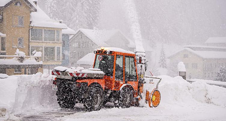 Après les chutes de neige, le foehn soufflera sur les Alpes