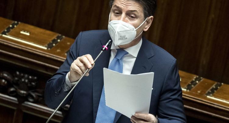 Conte appelle les « pro-européens » à sauver son gouvernement