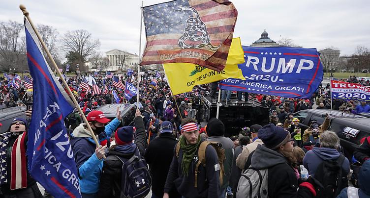 Assaut sur le Capitole: Trump a « incité » la foule, dit McConnell