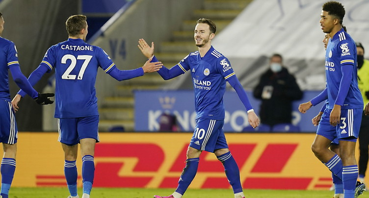 Leicester prend provisoirement la tête