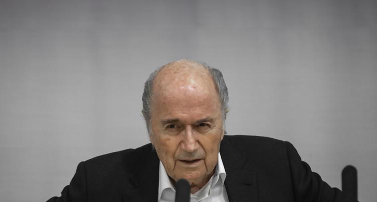 Le MPC classe une procédure contre Sepp Blatter