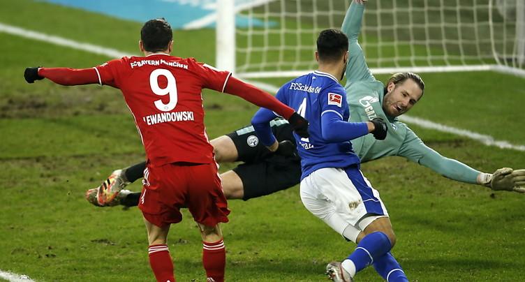 Le Bayern déroule à Gelsenkirchen