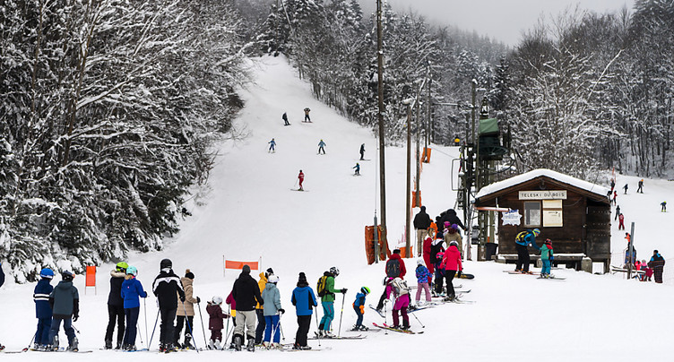 VD-FR: stations de ski prises d'assaut dimanche