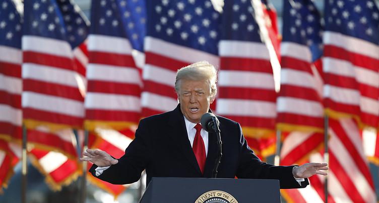 La Cour suprême referme un des fronts judiciaires contre Trump