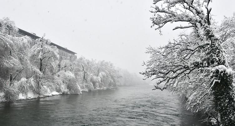 Après la neige, la pluie et des inondations en Suisse