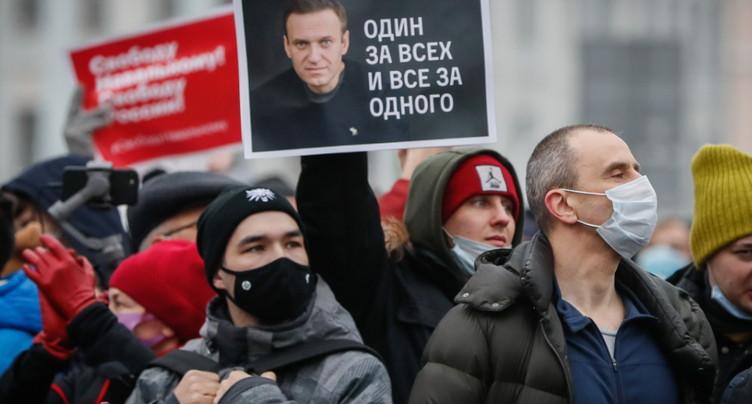La police perquisitionne des appartements de la famille Navalny