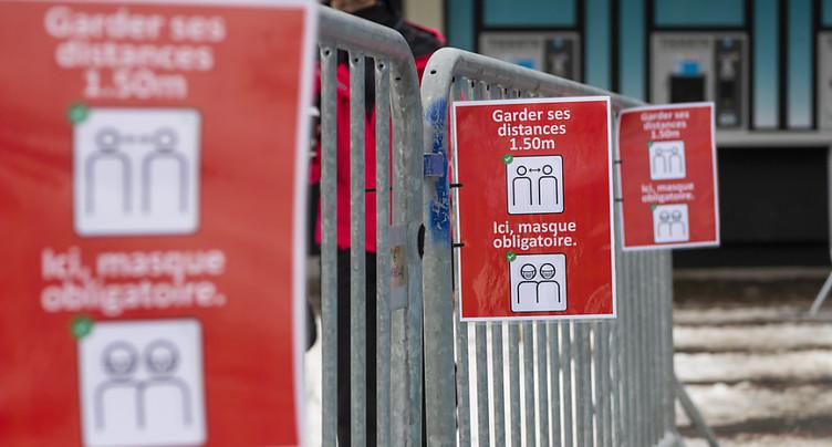 Onze pour cent d'infections en moins malgré les variants