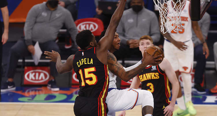 Les Hawks tombent au Madison Square Garden
