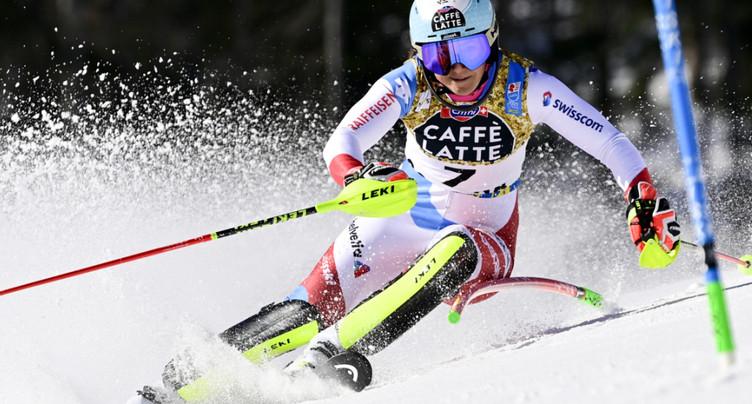 Slalom: Liensberger en tête, Holdener 3e, Gisin out