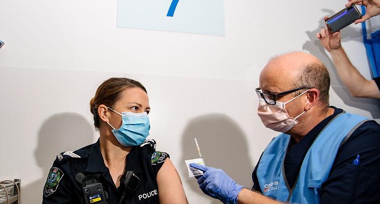 Australie: la campagne de vaccination entre dans le vif du sujet
