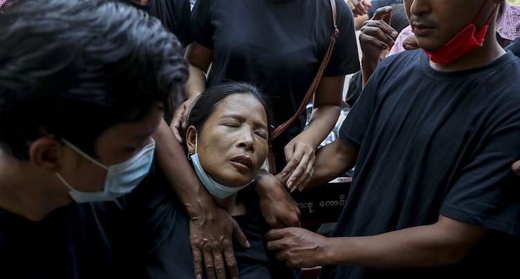 Etats-Unis, UE, G7: les pressions contre la junte birmane s'accumulent