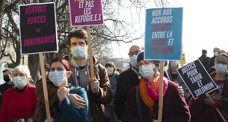 Genève: 200 personnes dénoncent les renvois forcés