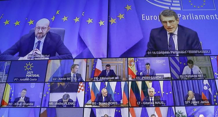 Les Européens en sommet pour contrer les variants