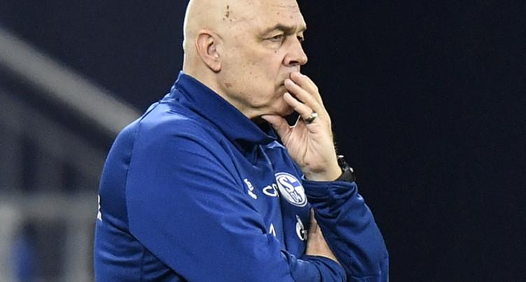 Schalke vire Christian Gross