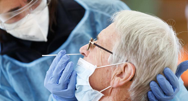 La Suisse compte 2560 nouveaux cas de coronavirus en 72 heures