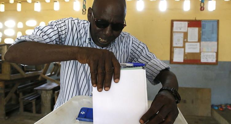 Législatives en Côte d'Ivoire dans le calme, espoir d'une vie politique apaisée