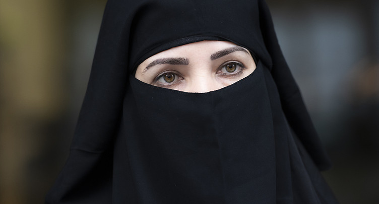 Le sort de l'initiative anti-burqa encore incertain