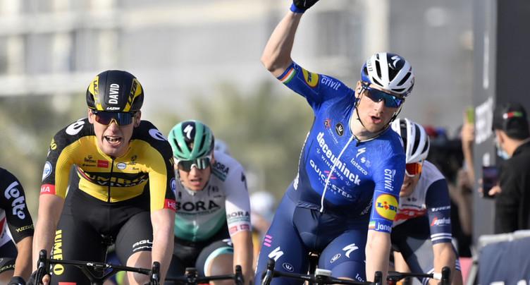 Victoire de Sam Bennett dans la 1re étape
