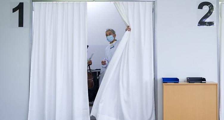Vaccins: 1174 déclarations d'effets indésirables évaluées en Suisse
