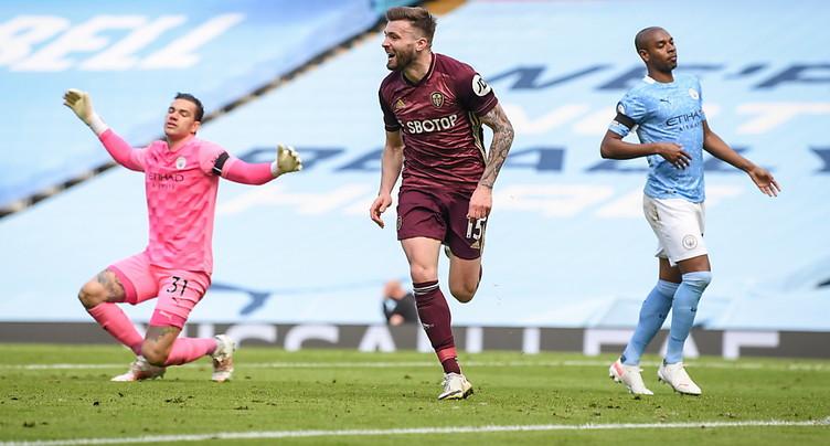 Leeds réalise le hold-up parfait contre un City remanié