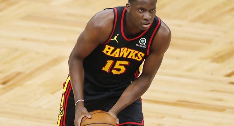 Les Hawks s'imposent à Charlotte