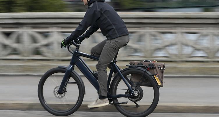 Les accidents de vélo électrique augmentent, une campagne lancée