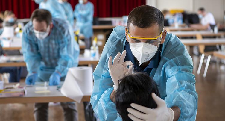 La Suisse compte 2601 nouveaux cas de coronavirus en 24 heures