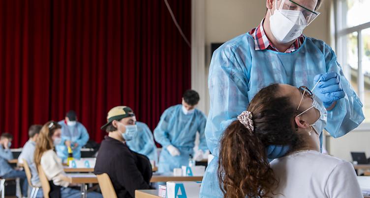 La Suisse compte 2226 nouveaux cas de coronavirus en 24 heures