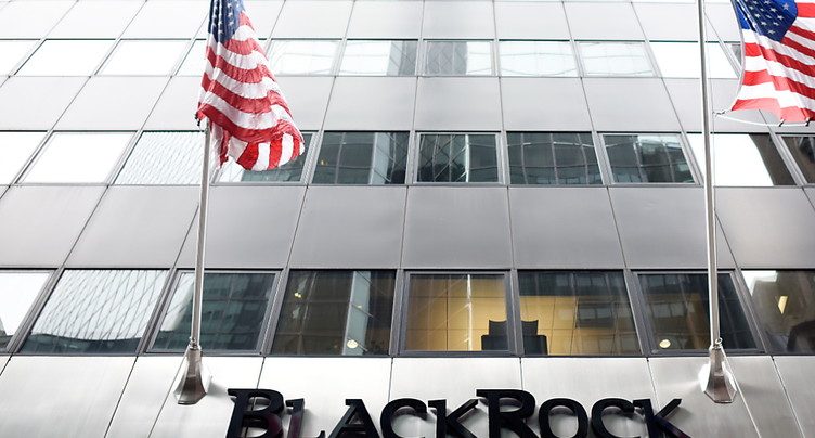 Blackrock dépasse les 9000 milliards de dollars sous gestion