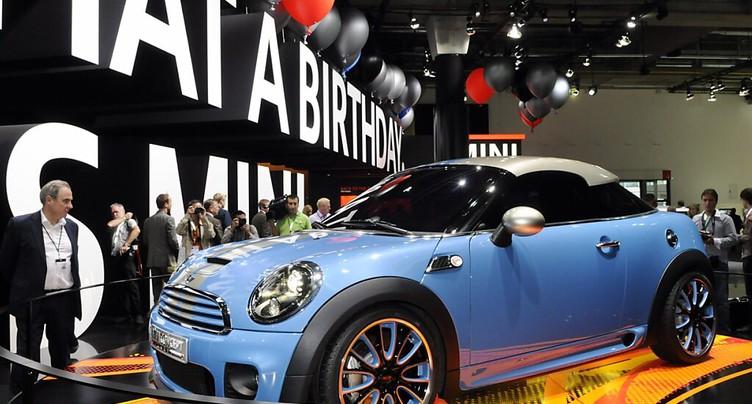 Automobile: le marché européen rebondit en mars