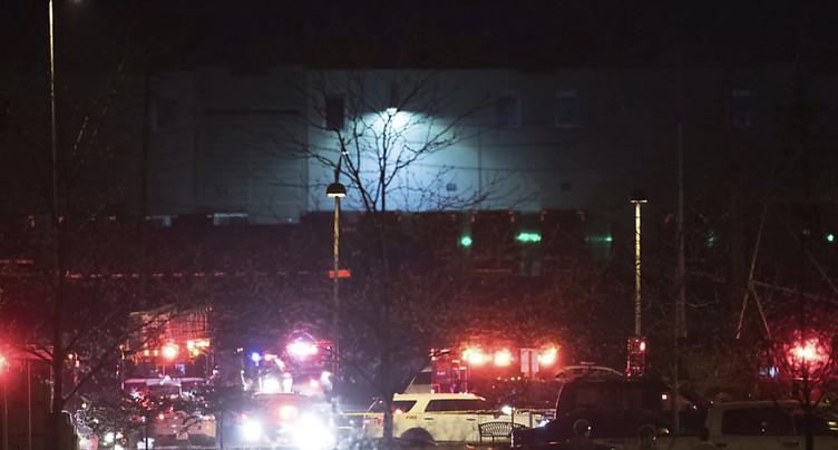 Au moins huit morts dans la fusillade chez FedEx à Indianapolis