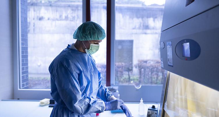 La Suisse compte 2205 nouveaux cas de coronavirus en 24 heures
