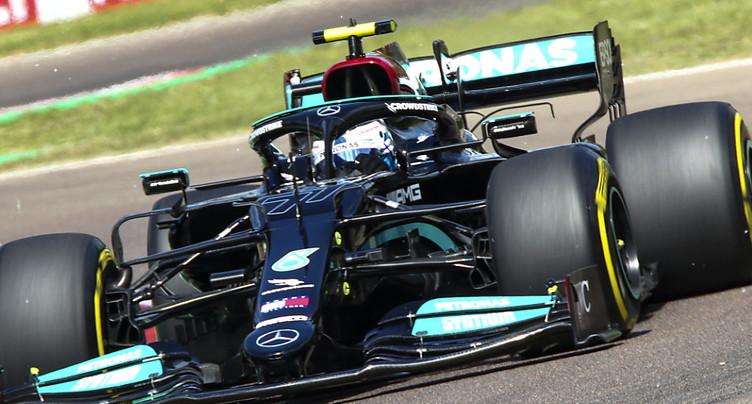 Bottas devance Hamilton aux essais libres