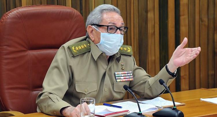 Congrès historique du PC, départ annoncé de Raul Castro