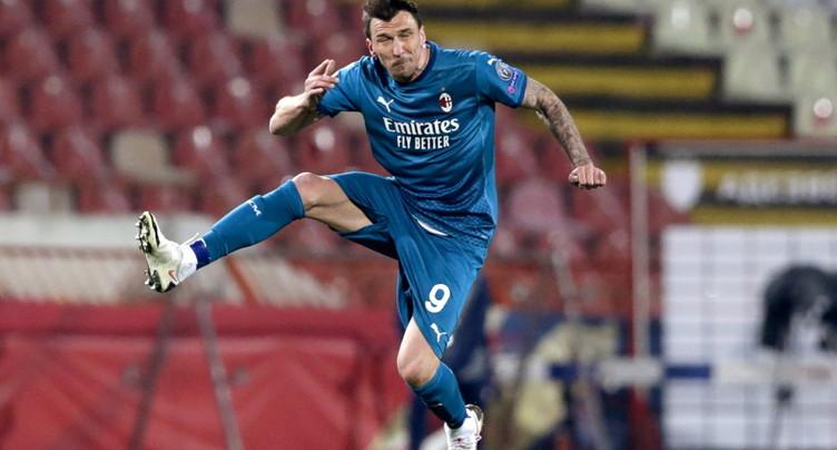 Mandzukic renonce à un mois de salaire après une blessure