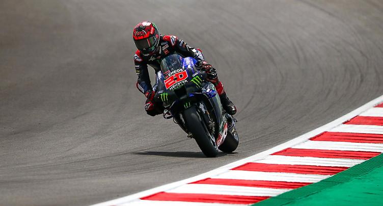 Quartararo en pole en MotoGP, Marquez 6e
