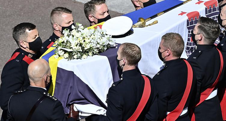 Début de la procession funéraire du prince Philip